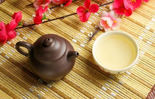 白及银杏叶茶
